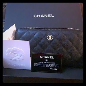 Chanel caviar leather authentic wallet